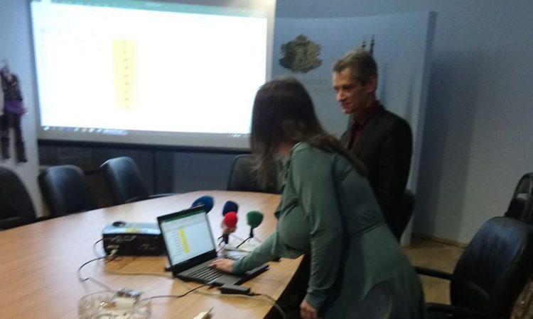 Теста за матурата по Български език и литература беше генериран от Стела Маринова